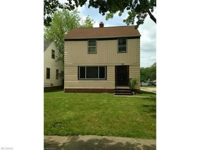 Maple Heights Single Family Home For Sale: 5530 South Blvd