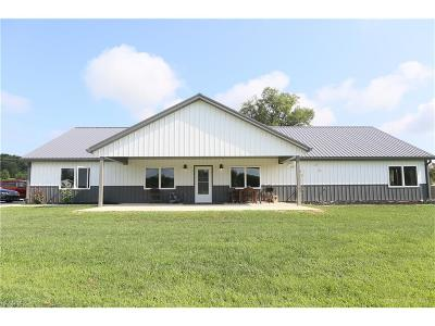 Muskingum County Single Family Home For Sale: 6350 Welsh Rd