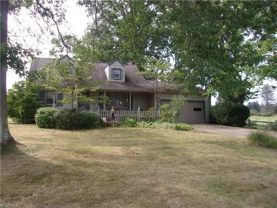 Hubbard Single Family Home For Sale: 134 Buckeye