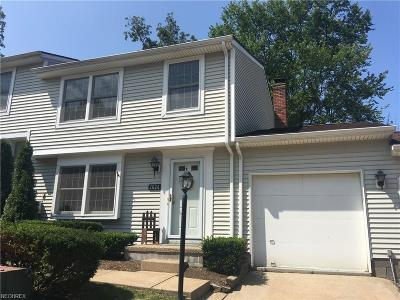 Painesville Township Condo/Townhouse For Sale: 7024 Woodthrush Ave