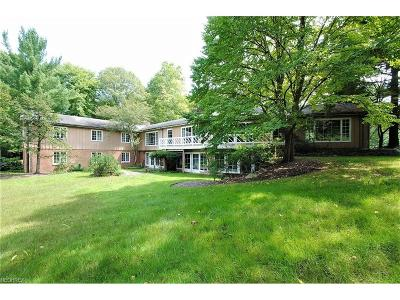 Gates Mills Single Family Home For Sale: 7650 Deerfield Rd