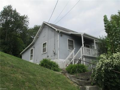 Guernsey County Single Family Home For Sale: 318 Spring St