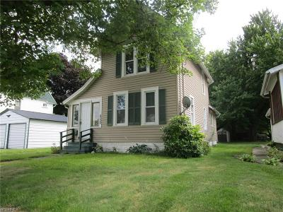 Ashtabula Single Family Home For Sale: 1612 W 13th Street
