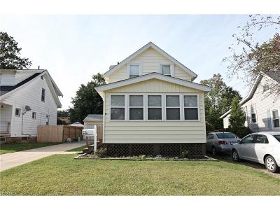 Parma Single Family Home For Sale: 9219 Pinegrove Ave