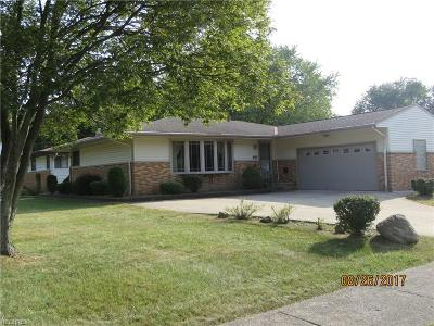 Middleburg Heights Single Family Home For Sale: 13053 Cherokee Trl
