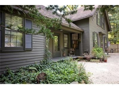 Hunting Valley Single Family Home For Sale: 46000 South Woodland Rd