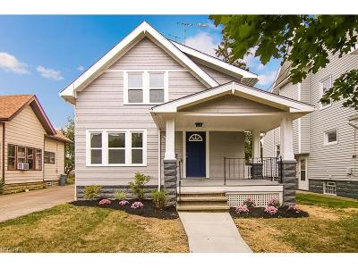 Lakewood Single Family Home For Sale: 1647 Lauderdale Ave