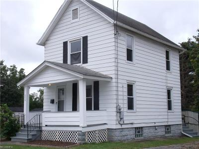 Girard OH Single Family Home For Sale: $46,900