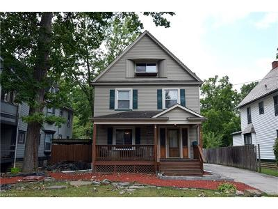 Warren Single Family Home For Sale: 445 Olive Ave Northeast