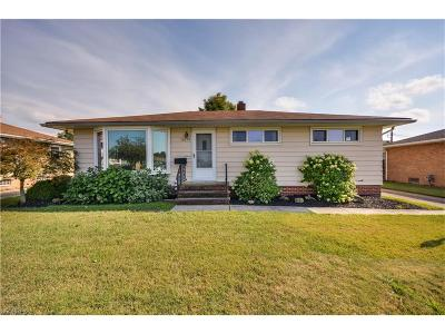 Parma Single Family Home For Sale: 10291 Boundary Ln