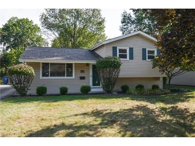North Olmsted Single Family Home For Sale: 24175 Woodmere Dr