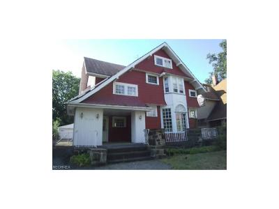 Cleveland Heights Single Family Home For Sale: 3128 Whitethorn Rd