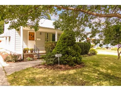 North Olmsted Single Family Home For Sale: 3050 Clague Rd