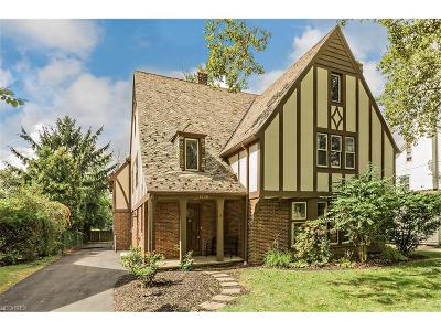 Shaker Heights Single Family Home For Sale: 3300 Chadbourne Rd