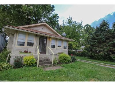 Struthers Single Family Home For Sale: 400 Brandon Ave