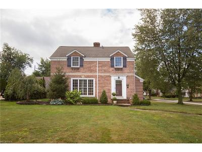 Rocky River Single Family Home For Sale: 19987 Beach Cliff Blvd