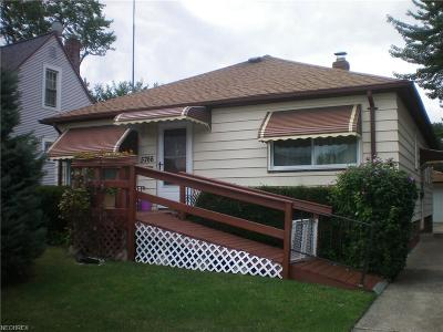 Parma Single Family Home For Sale: 5766 West 44th St