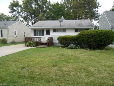 Eastlake Single Family Home For Sale: 746 Quentin Rd