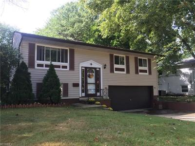 Olmsted Township Single Family Home For Sale: 26957 Westwood Ln