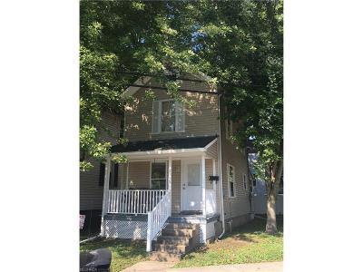 Marietta Single Family Home For Sale: 809 Gilman Ave