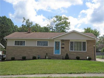 Parma Single Family Home For Sale: 2601 Augustine Dr