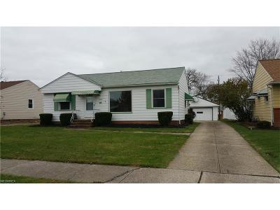 Parma Single Family Home For Sale: 10650 Richard Dr