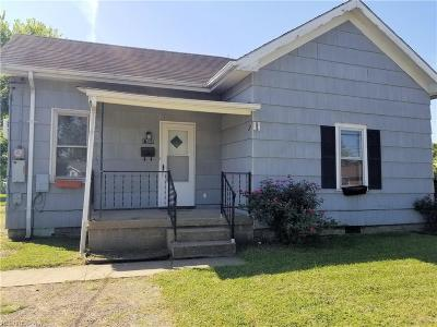 Belpre Single Family Home For Sale: 1705 Washington Blvd