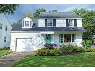 Lyndhurst Single Family Home For Sale: 1334 Croyden Rd