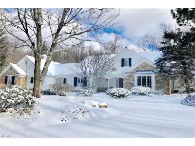 Gates Mills Single Family Home For Sale: 639 Battles Rd
