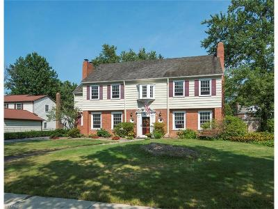 Shaker Heights Single Family Home For Sale: 2739 Green Rd