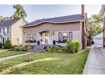 Lakewood Single Family Home For Sale: 1653 Chesterland Ave