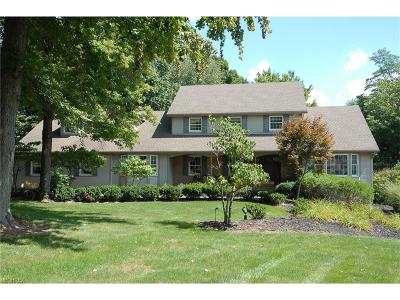 Zanesville Single Family Home For Sale: 1760 Innisbrook Ln