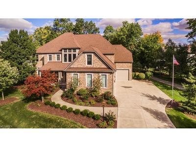 Avon Single Family Home For Sale: 4467 Doral Dr