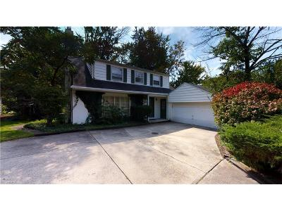 Cuyahoga County Single Family Home For Sale: 3180 Somerset Dr