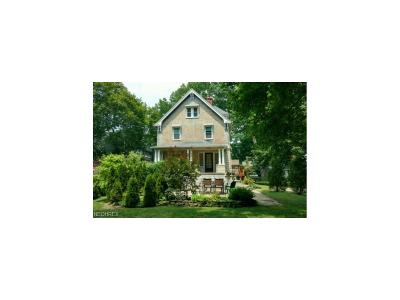 Kent Single Family Home For Sale: 709 West Main St