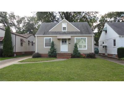 Parma Single Family Home For Sale: 8023 Newport Ave