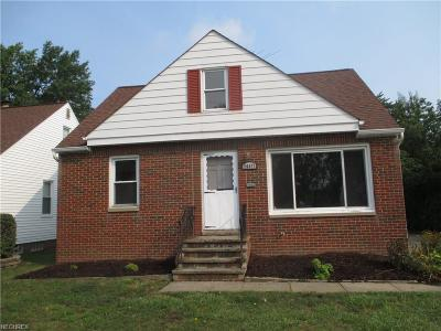 Euclid Single Family Home For Sale: 26471 Briardale Ave