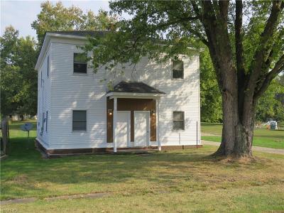 West Farmington Multi Family Home For Sale: 215 & 217 College St