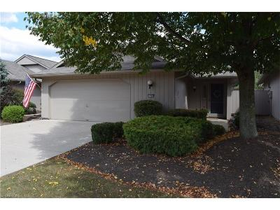 Strongsville Single Family Home For Sale: 12783 Olympus Way