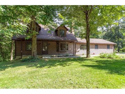 Single Family Home Sold: 2967 Mineral City Zoar Rd Northeast