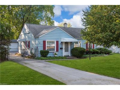 Rocky River Single Family Home For Sale: 2890 Northview Rd