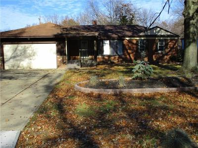 Avon Single Family Home For Sale: 37826 Lorie Blvd