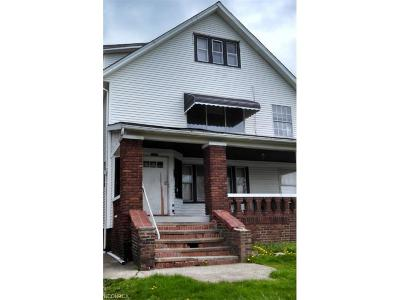 Cleveland Heights Multi Family Home For Sale: 3234 Euclid Heights Blvd