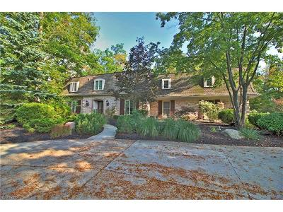 Pepper Pike Single Family Home For Sale: 18 Pepper Creek Dr