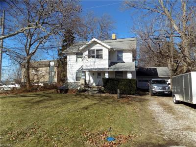 Lorain Single Family Home For Sale: 4188 Shore Dr