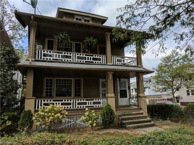 Lakewood Multi Family Home For Sale: 1628 Larchmont Ave