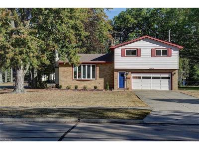 North Olmsted Single Family Home For Sale: 24476 Noreen Dr