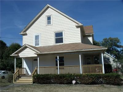 Struthers OH Single Family Home For Sale: $62,500