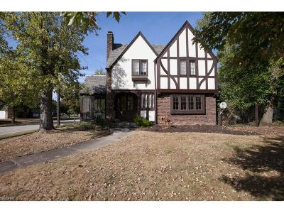 Bedford Single Family Home For Sale: 181 Woodrow Ave
