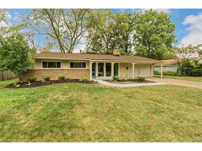 Rocky River Single Family Home For Sale: 2758 Devon Hill Rd